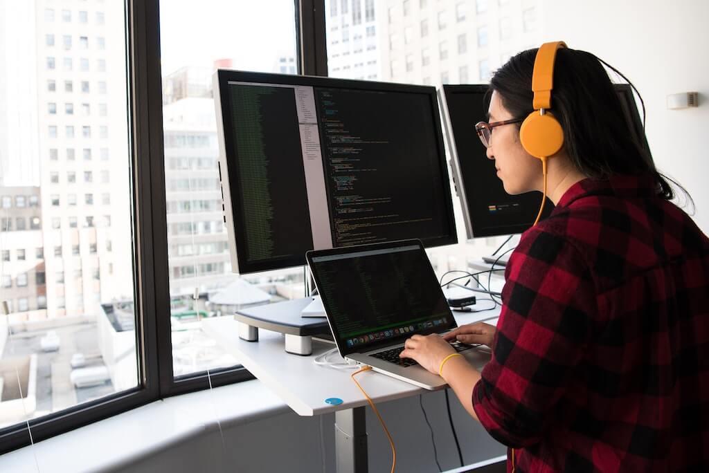Single-Page Applications: Ember vs Angular